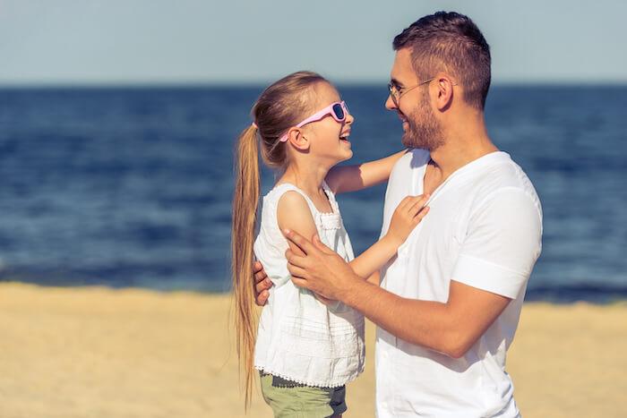 海辺の親子