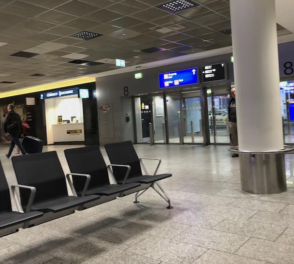 フランクフルト空港出口